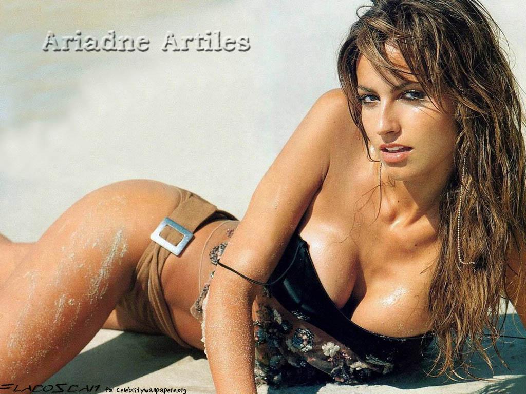 Adriane Artiles sexy