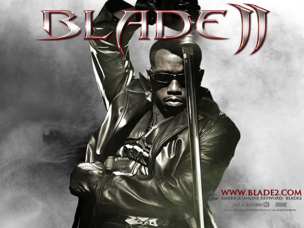 http://www.fidelou.com/wallpaper/img/blade2/blade2_3.jpg